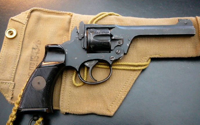 Enfield No 2 Mark 1 с кабурой